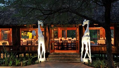 Trek_Package 3270 - River-Lodge-dinning-room-entrance1