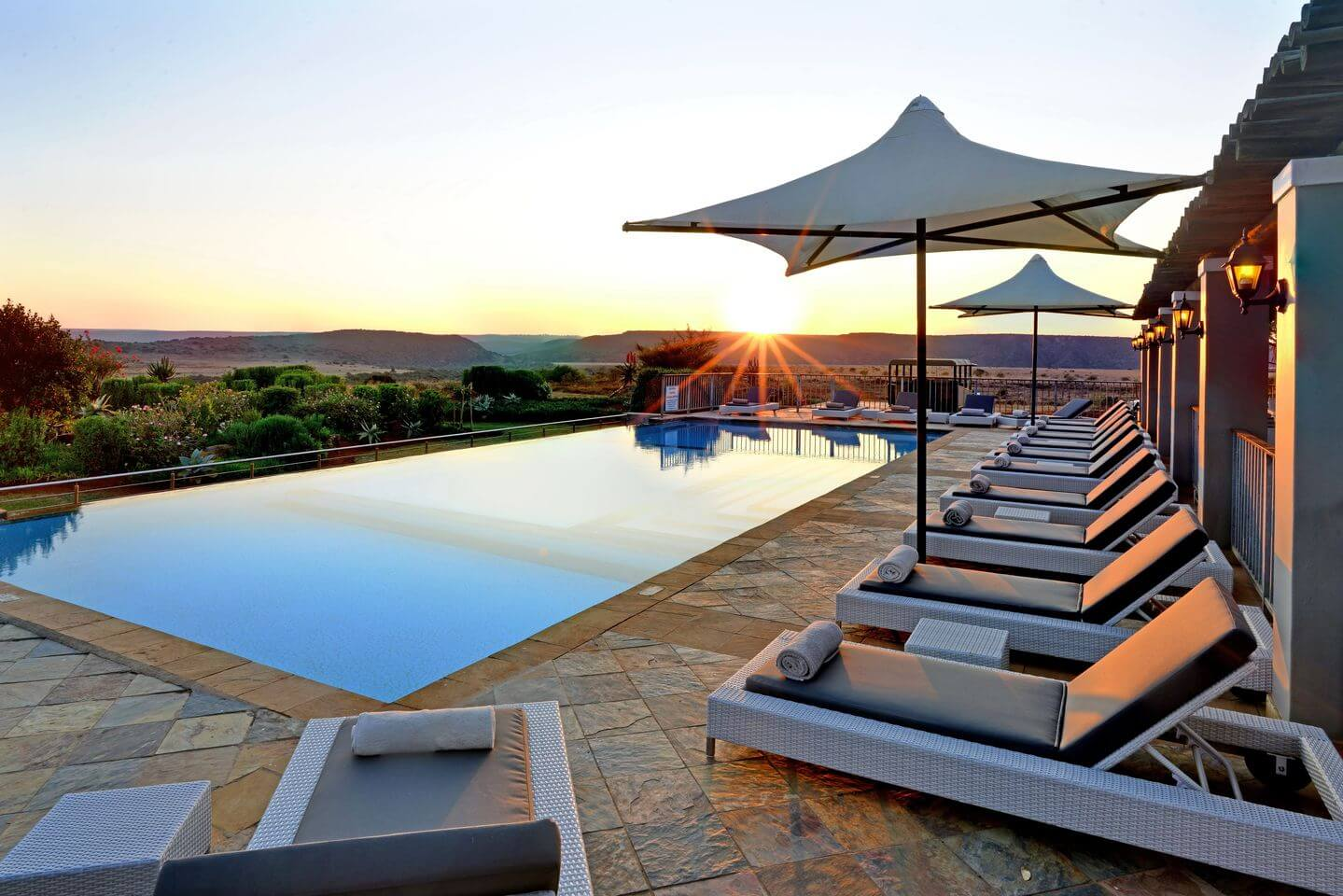 Riverdene-Family-Lodge-pool-sunrise