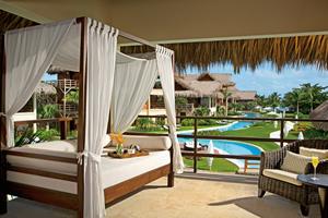 Varanda do Romantic Junior Suite Terrace  - Zoëtry Agua Punta Cana