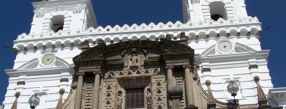 Quito e Avenida dos Vulcões - Saídas as Segundas